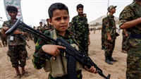 Houthis recruit thousands